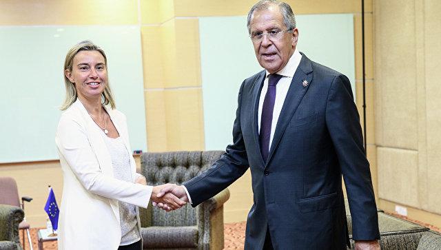 Лавров и Могерини обсудили ситуацию на востоке Украины