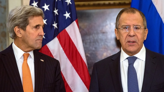 Лавров и Керри продолжили обсуждения на G20 один на один