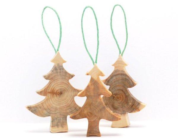 Елочные игрушки из дерева