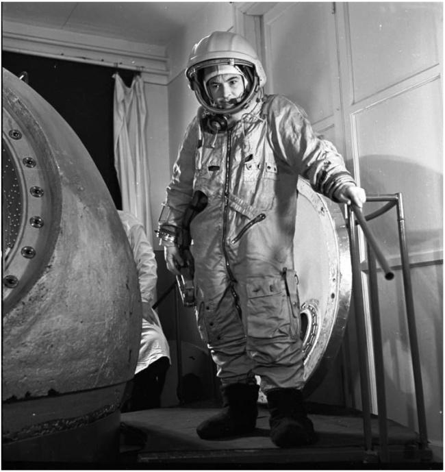 Первые космонавты СССР
