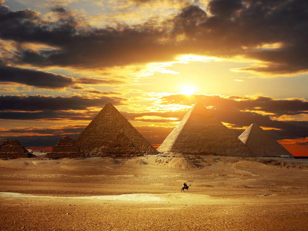 почему пирамида счтается одной из семи чудес света !!!!!!!!!!!!