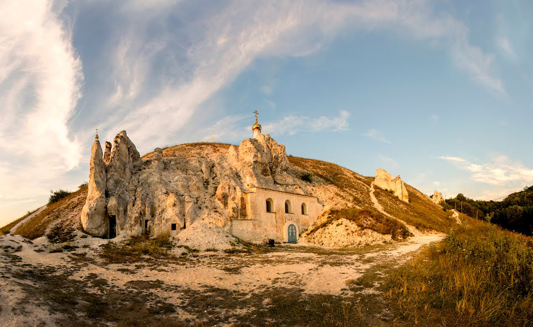 Истоки Христианства на Руси: Костомаровский Спасский монастырь