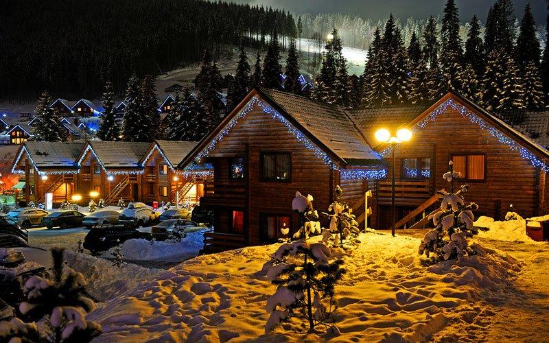 В Подмосковье значительно подешевела аренда домов на Новый год