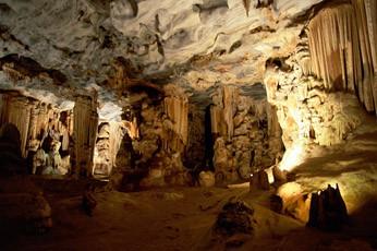 10 самых впечатляющих пещер мира