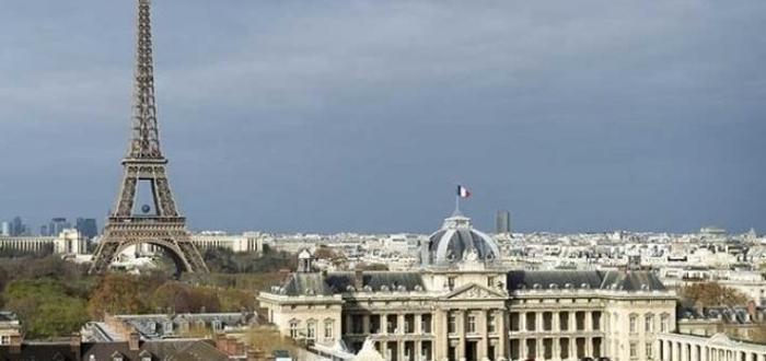 Эйфелеву башню оградят пуленепробиваемым стеклом за 300 млн.евро