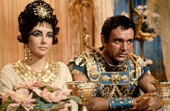 Археологи считают, что нашли гробницу Клеопатры и Антония