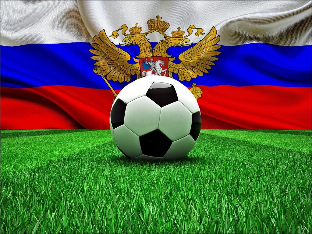 Плющенко заявил, что российским футболистам необходимо понизить зарплату