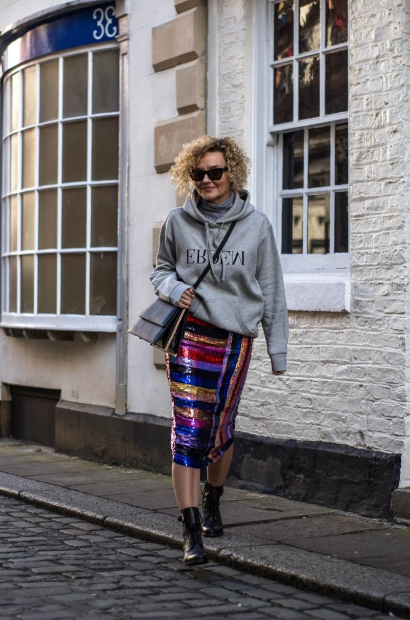 как модно одеваться