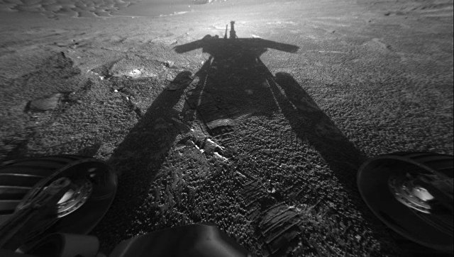 "Марсоход Opportunity сделал первое ""селфи"" за 14 лет работы на Марсе"