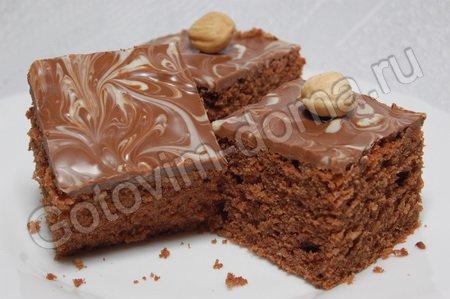 Шоколадные пирожные с фундуком