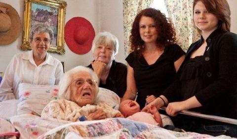 6 поколений на одной фотографии