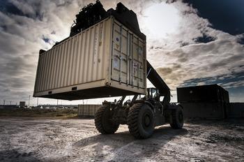 Импорт товаров из дальнего зарубежья в Россию вырос за 2017 год до $202,3 млрд