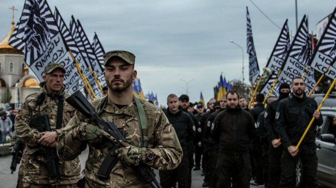 «Азов» ответил на санкции Конгресса США: если мы нацисты, то Порошенко — фюрер