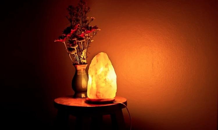 Полезные свойства соляной лампы.