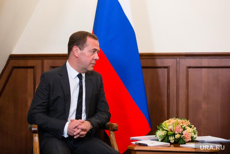 «Вообще проблем не будет». Медведев опроверг слова Кудрина об отсутствии денег на пенсии