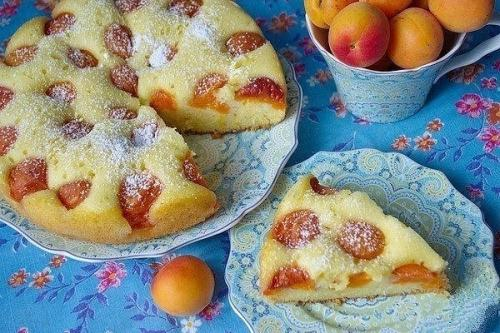 Пирог «Восхитительный». Очень вкусно и просто.