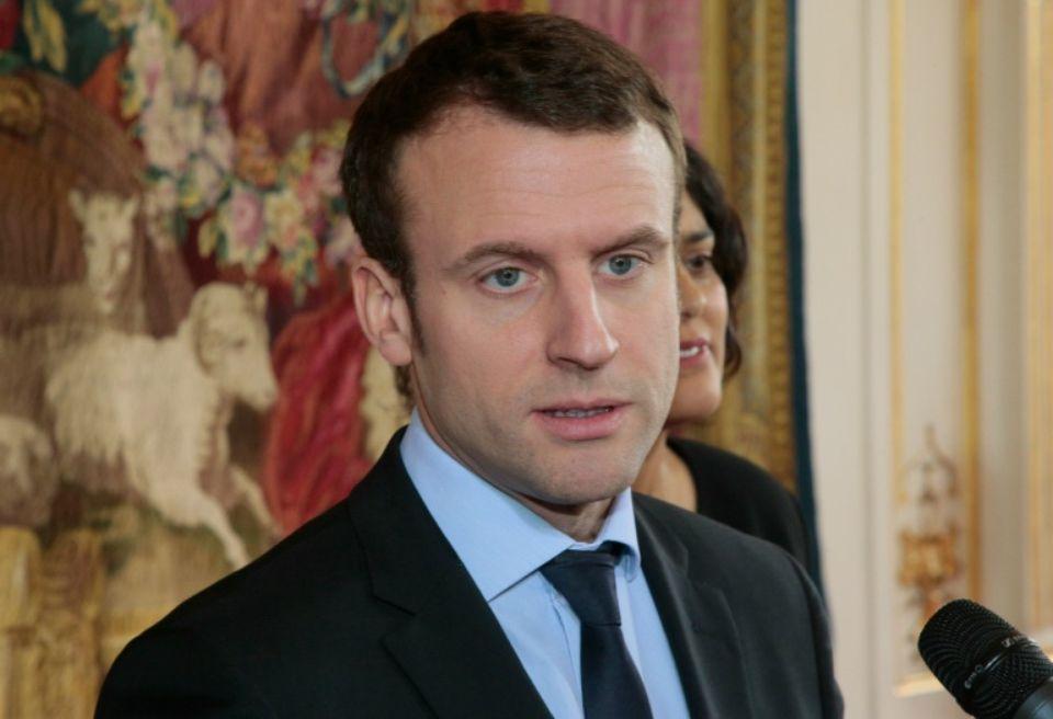 Макрон намерен ввести во Франции обязательные военные сборы для молодежи