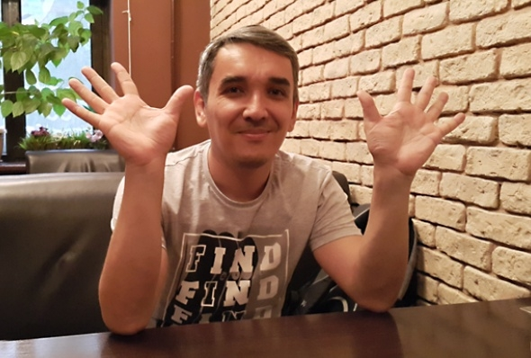 Кыдырали Болманов подает в суд на автора унизительной карикатуры