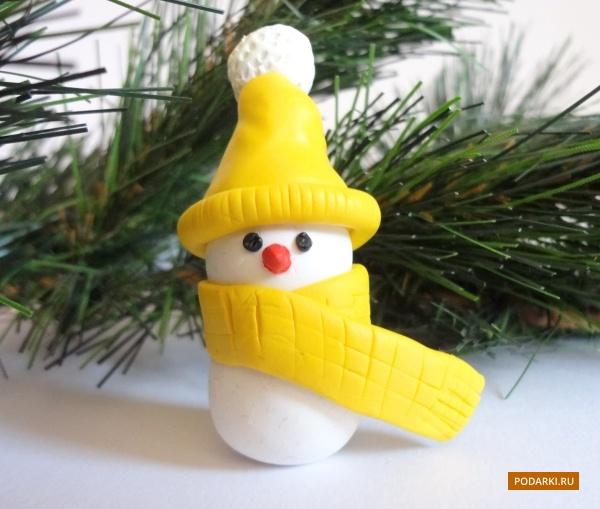 Снеговик изполимерной глины