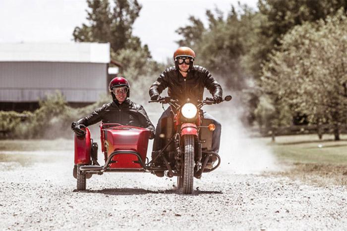 """История парадоксального успеха, или Как """"Урал"""" с веслом продают в США по цене Honda Africa Twin c """"роботом"""""""