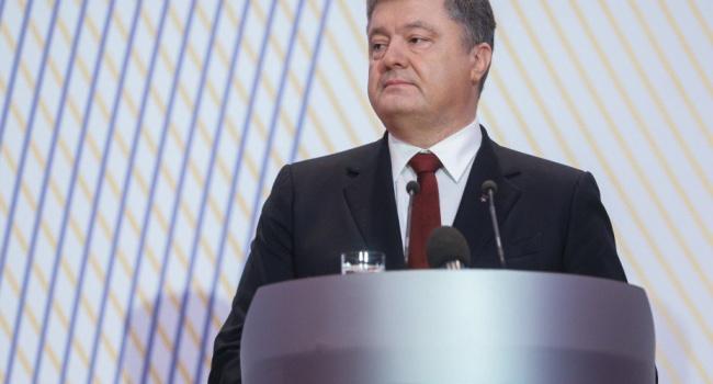 Порошенко: Сто лет назад Россия начала против Украины гибридную войну