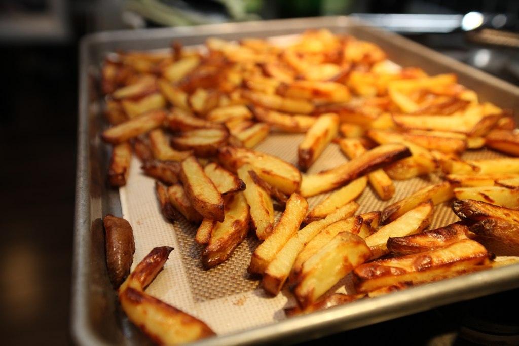 Картофель фри в духовке - лучше, чем в МакДональдсе