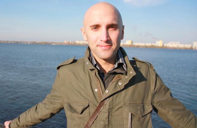 Life News: Очевидец ранения Филлипса: Силовики намеренно стреляли в журналиста