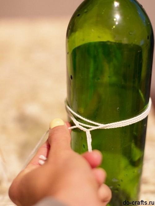 Как разрезать стеклянную бутылку ниткой 2