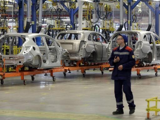 Автомобили российской сборки заняли почти весь рынок