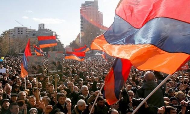 Является ли происходящее в Армении цветной революцией?