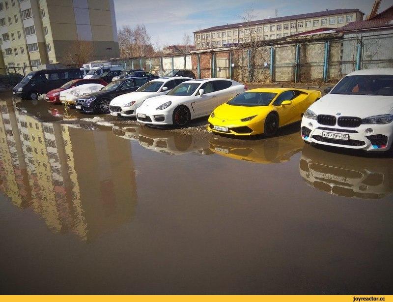 Машины на водопое