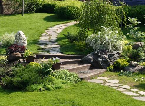 Садовые дорожки: удачные решения