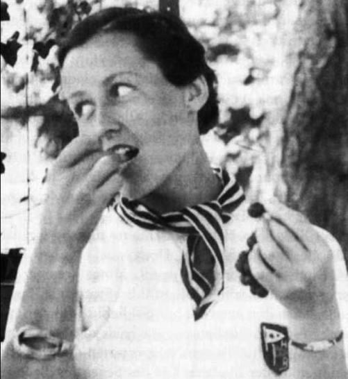 """Ее казнили """"за возмутительную пропаганду в пользу врага"""". А Ремарк посвятил ей роман..."""