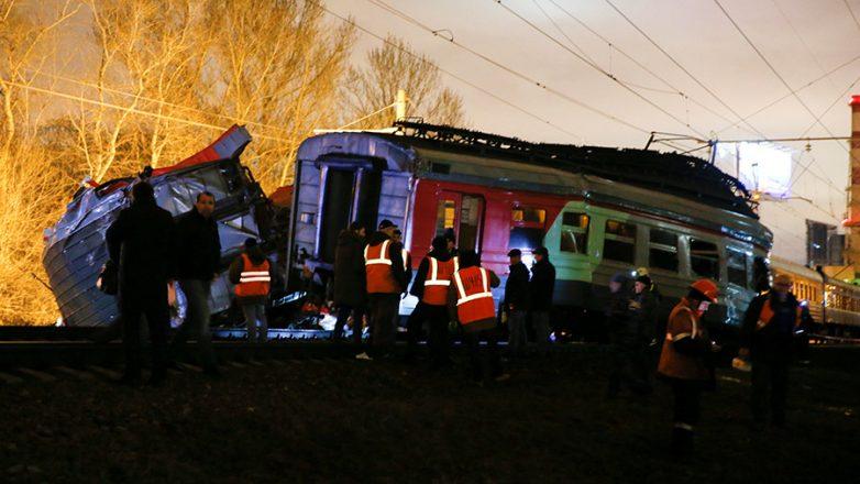 В Москве столкнулись поезд и…