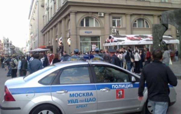 МВД ведет проверку пофакту задержания 9-летнего чтеца стихов вМоскве
