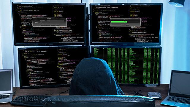 На русскоязычных сайтах появились тысячи паролей от аккаунтов британских чиновников