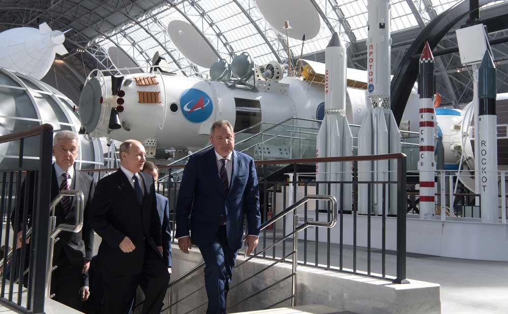 Рогозин о реформе Роскосмоса: управлять нужно не акциями, а развитием производства