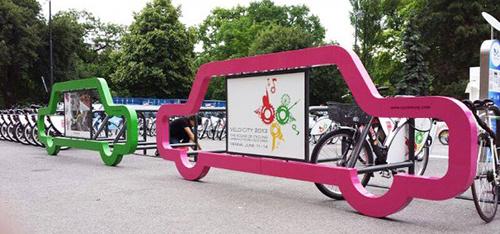 10 креативных велопарковок