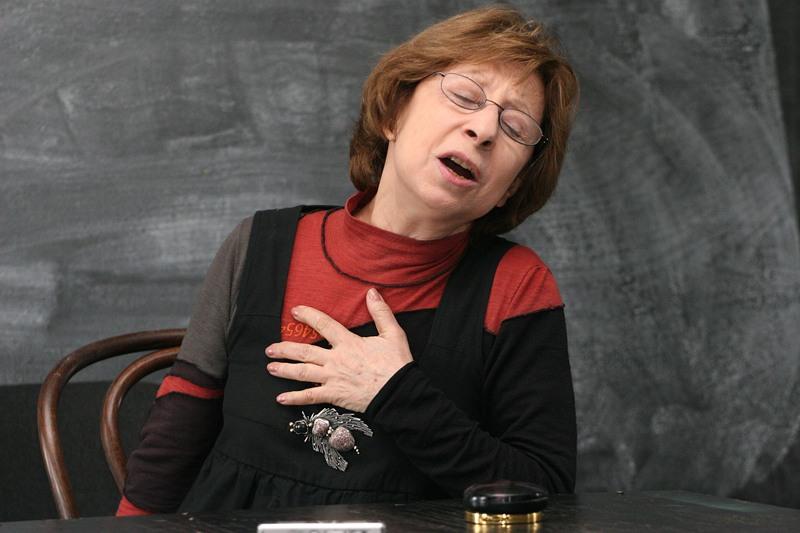 Ахеджакова считает, что россияне её любят больше чем Ленина