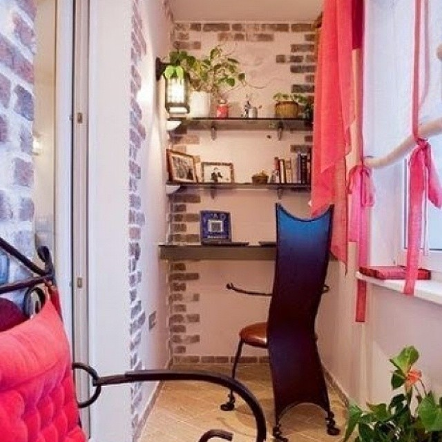 Кабинет на балконе блог по пластиковым окнам, остеклению бал.