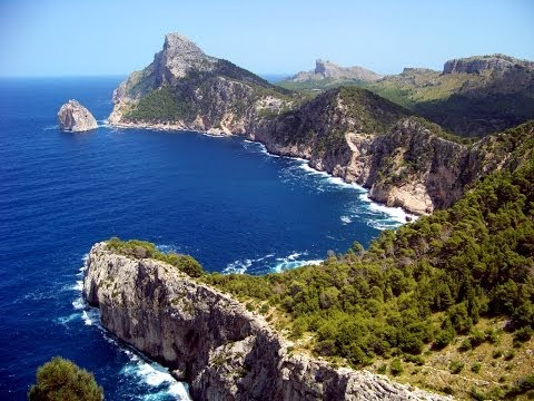 Майорка / Mallorca. Северная часть Майорки. Алькудия, Вальдемосса, живописные уголки и... горы