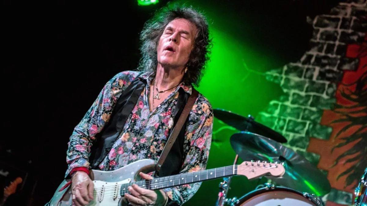 В Лондоне умер гитарист Оззи Осборна Берни Торме
