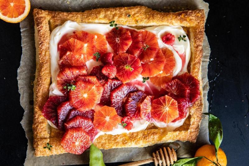 Изображение рецепта Пирог с красными апельсинами и кремом