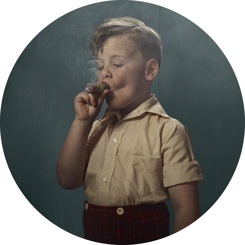 Фото сексуальных курящих девок 12 фотография