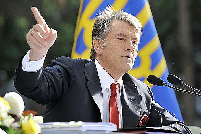 Ющенко: Одна лишь Англия сопротивлялась Гитлеру