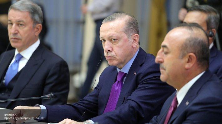 Эрдоган заявил об угрозе Турции со стороны Соединенных Штатов