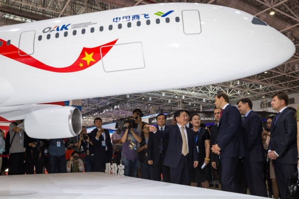 Россия иКитай инвестируют вновый пассажирский самолет $13 млрд