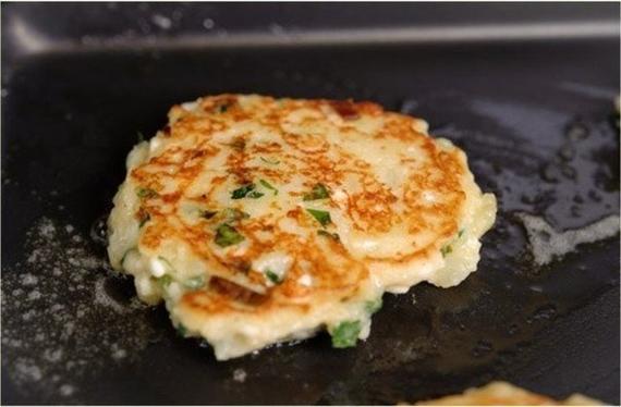 Картофельные оладьи с сыром7