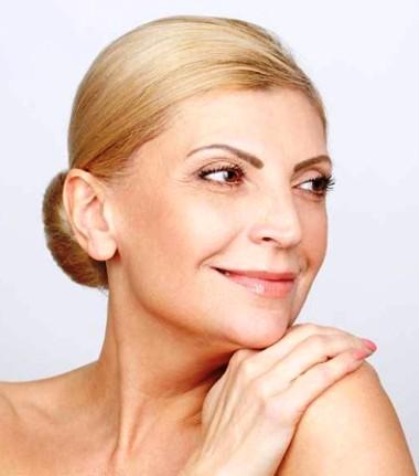 Обнажаемся — секреты возрастного макияжа в стиле «нюд»