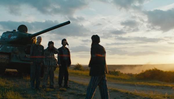 Украина устроила истерику из-за фильма «Т-34»